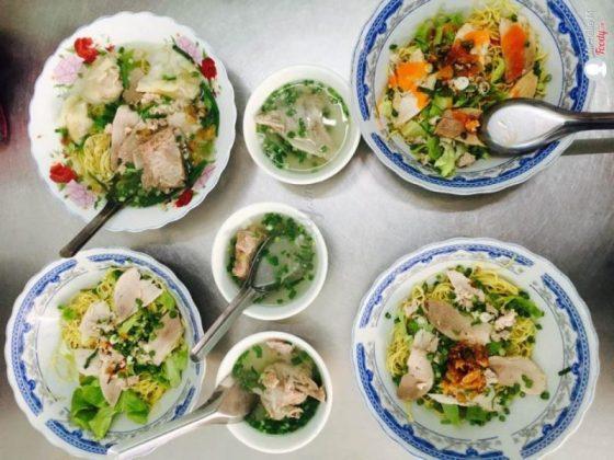 mì thảy top 8 món ăn đặc sản Vũng Tàu siêu ngon siêu rẻ