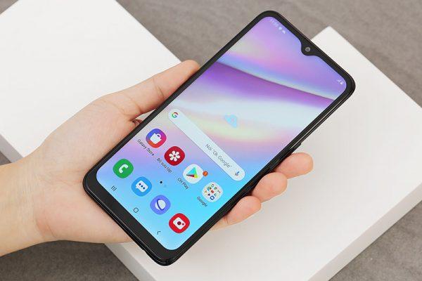 samsung galaxy a10s top 10 smartphone tốt nhất đáng mua nhất